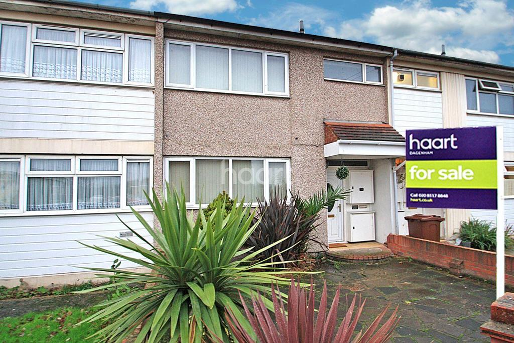 3 Bedrooms Terraced House for sale in Ridgewell Close