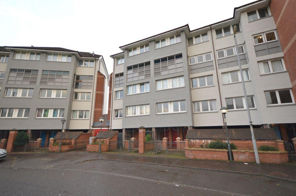 2 Bedrooms Ground Flat for sale in 41 Lenzie Terrace, Springburn, Glasgow, G21 3TN