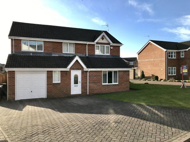 4 Bedrooms Detached House for sale in LANGLEY CRESCENT, LANGLEY MOOR, DURHAM CITY : VILLAGES WEST OF