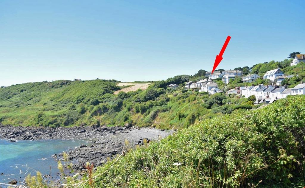 2 Bedrooms Penthouse Flat for sale in Coverack, Helston, Cornwall, TR12