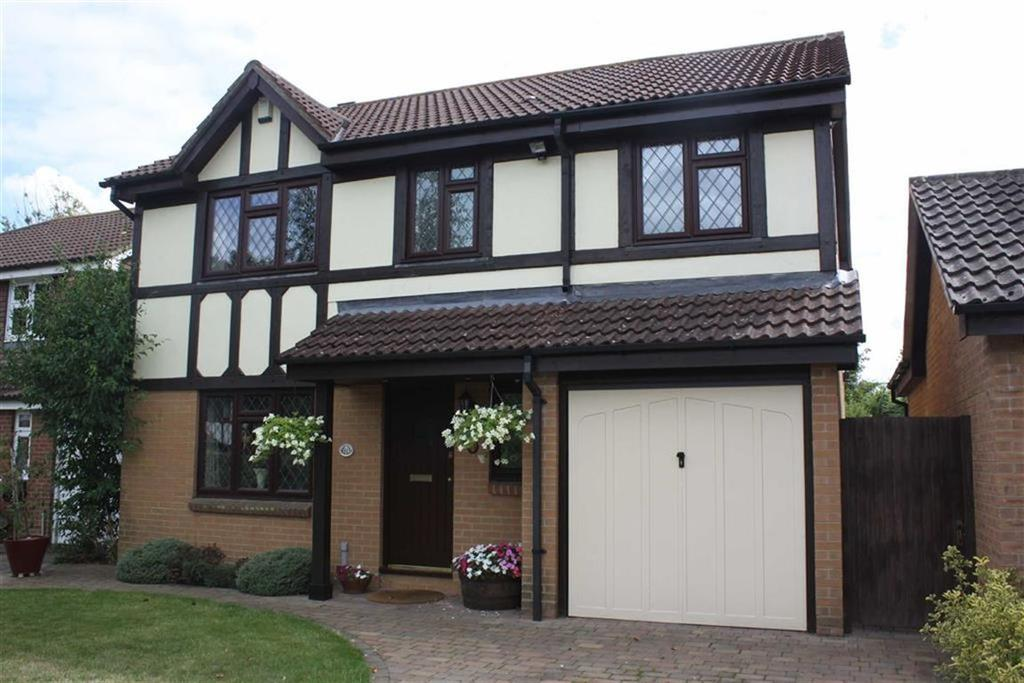 4 Bedrooms Detached House for sale in Beckford Drive, Petts Wood