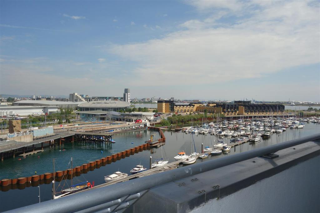 3 Bedrooms Apartment Flat for sale in Ty Gwalia, Penarth Marina