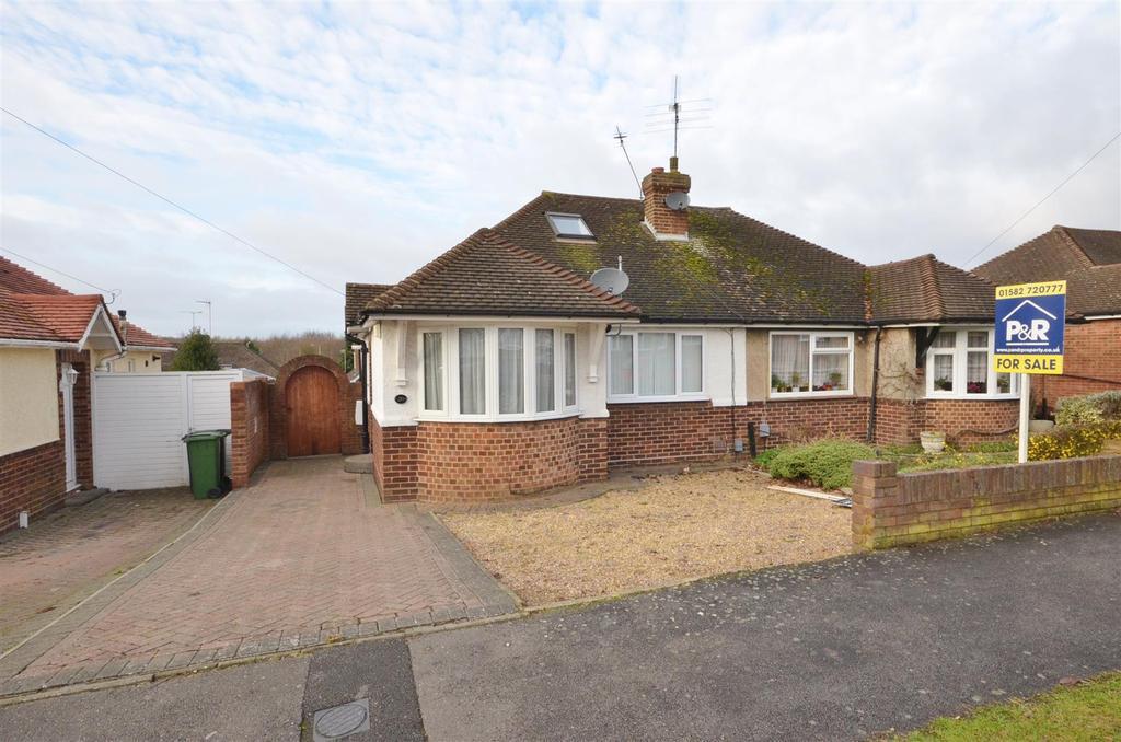 3 Bedrooms Semi Detached Bungalow for sale in Warden Hills