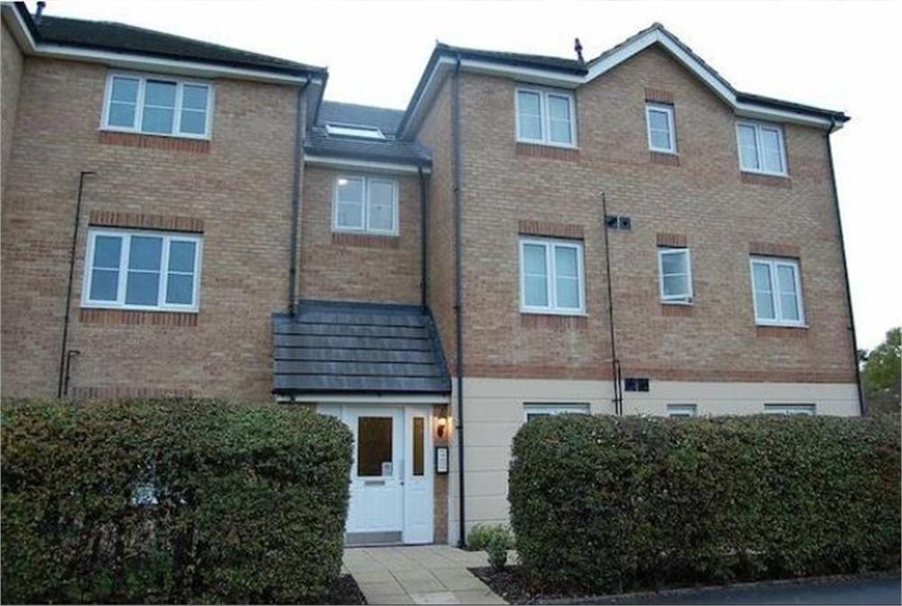 2 Bedrooms Flat for sale in Gateshead Road, Borehamwood