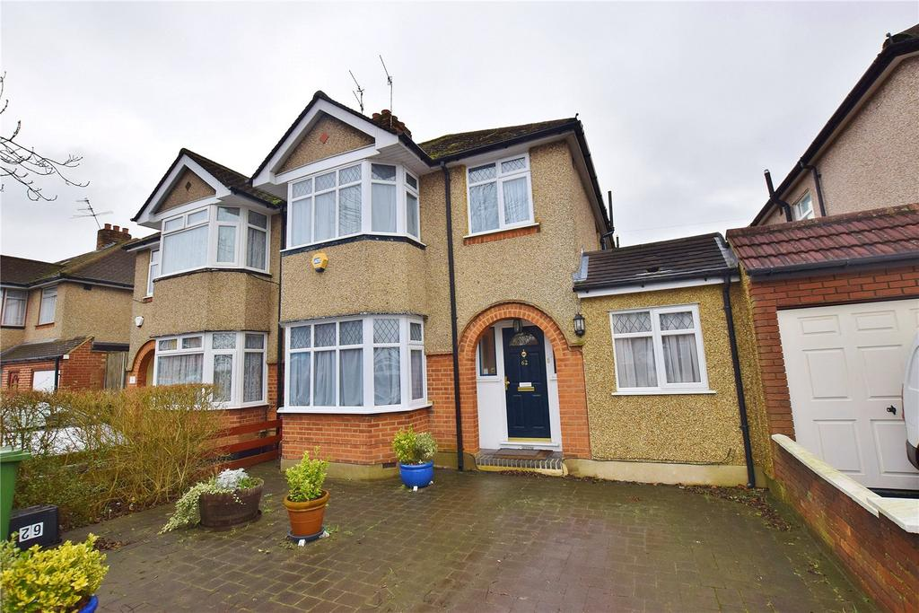 3 Bedrooms House for sale in Park Avenue, Bushey, North Bushey, Hertfordshire, WD23