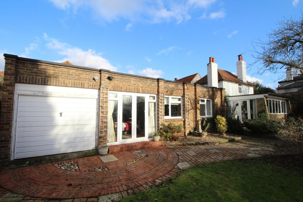 5 Bedrooms Detached House for sale in High Street Farningham DA4