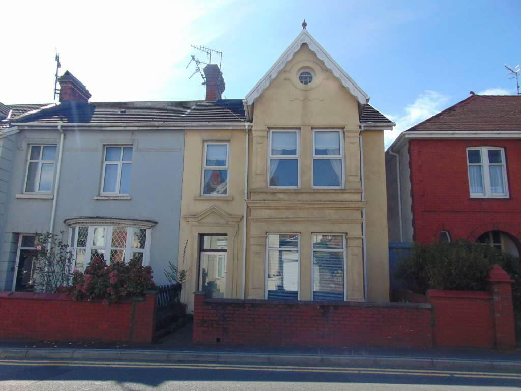 2 Bedrooms Apartment Flat for sale in New Road, Llanelli