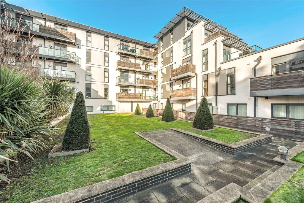 2 Bedrooms Flat for sale in Terrace Apartments, 40 Drayton Park, London, N5