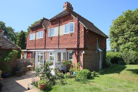 2 bedroom semi-detached house to rent - Balcombe, West Sussex