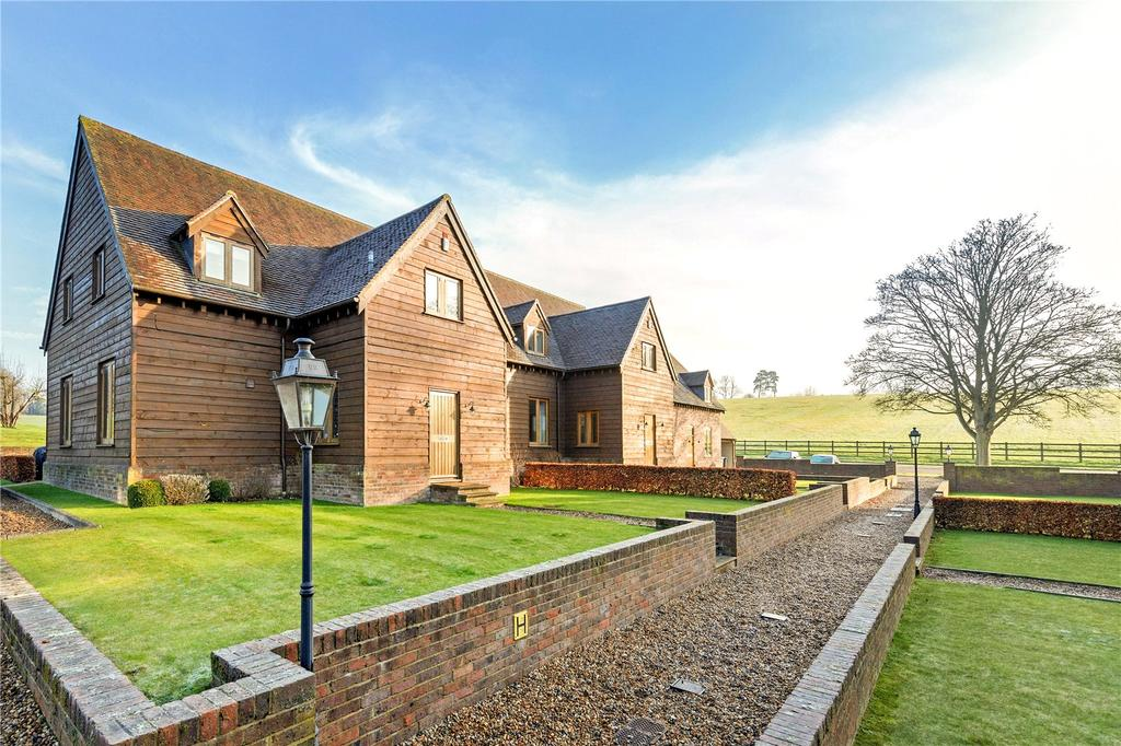 4 Bedrooms Terraced House for rent in Drummonds Fold, Cell Park Farm, Millfield Lane, Markyate, St. Albans, AL3