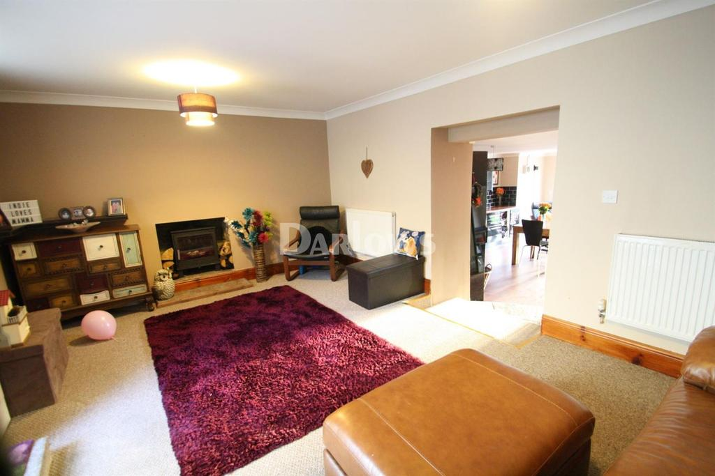 3 Bedrooms Terraced House for sale in Garn Cross, Nantyglo, Blaenau Gwent