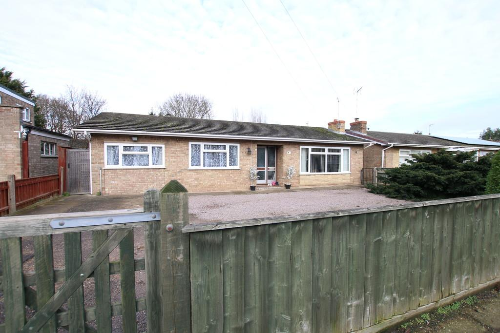 3 Bedrooms Detached Bungalow for sale in Norwood Road, March