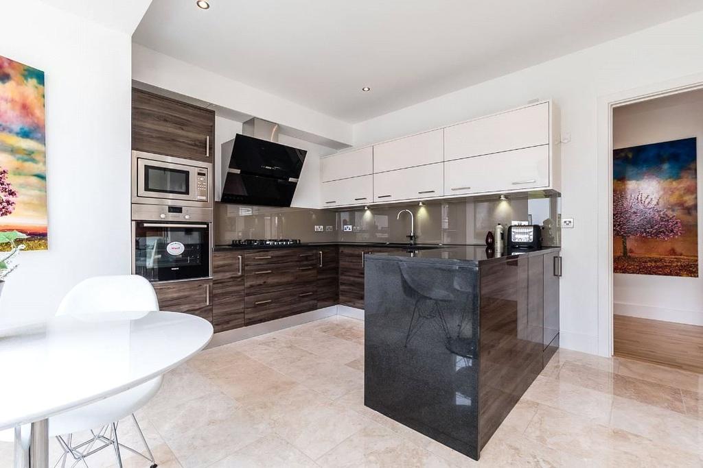 2 Bedrooms Apartment Flat for sale in Plot 98 Cear Amon, Apartments, 29/3 Brighouse Park Cross, Edinburgh, Midlothian