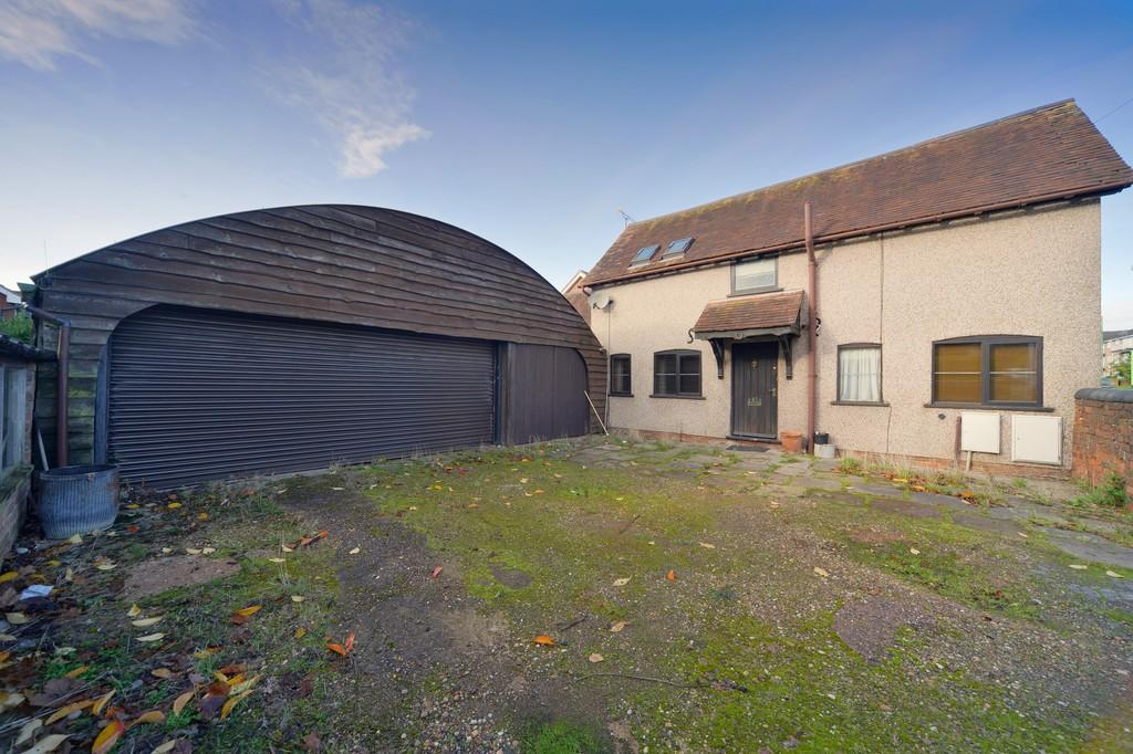 2 Bedrooms Barn Conversion Character Property for sale in Balsall Common