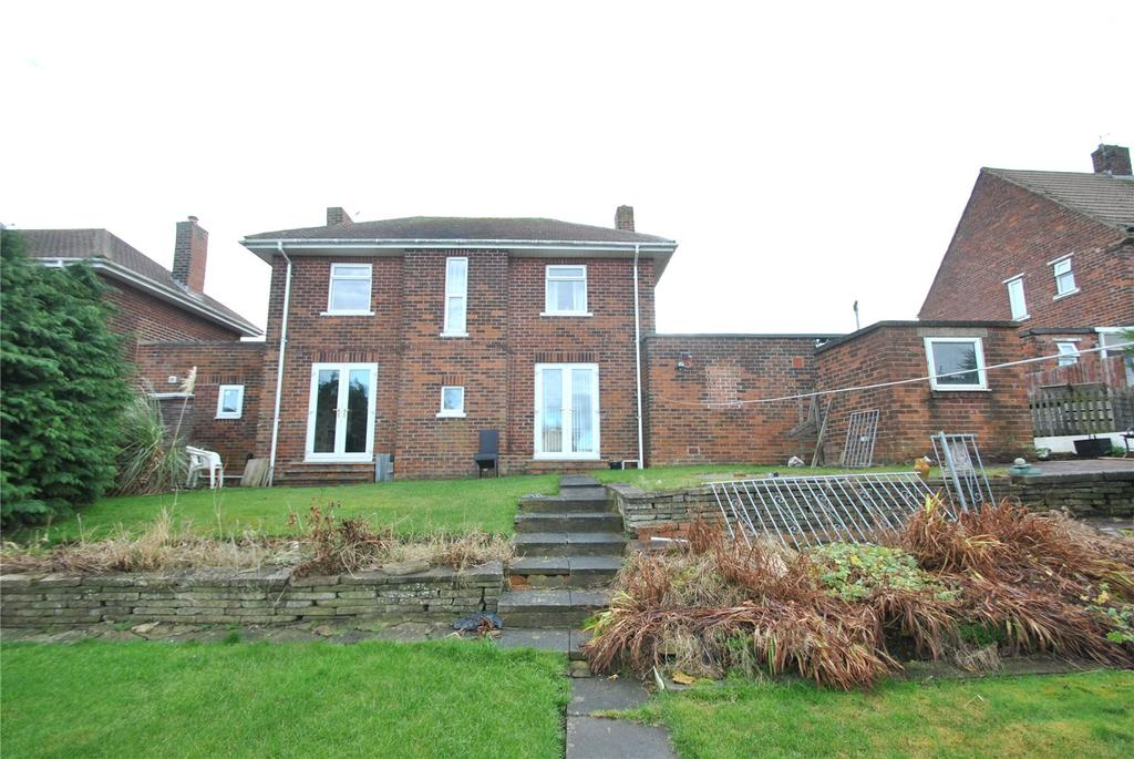 4 Bedrooms Semi Detached House for sale in Rydal Avenue, Easington Lane, Tyne and Wear, DH5