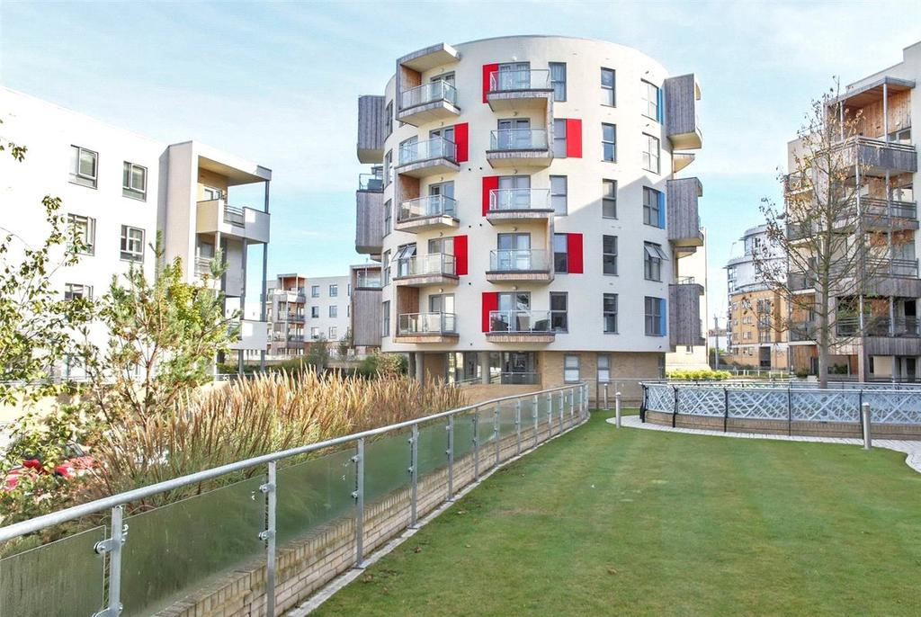 3 Bedrooms Apartment Flat for sale in Glenalmond Avenue, Cambridge, CB2