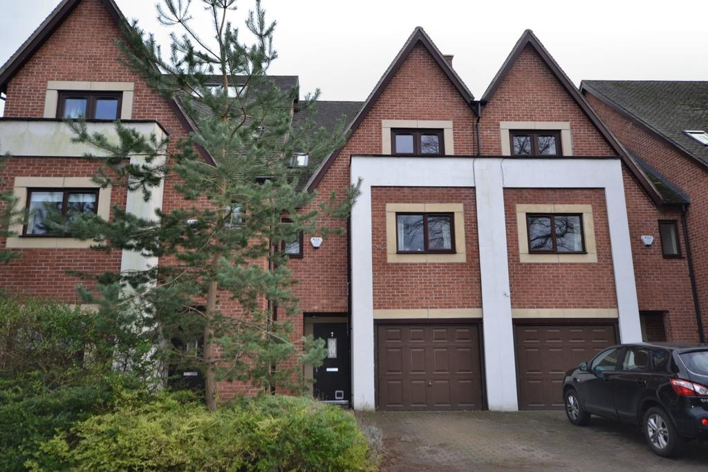 4 Bedrooms Mews House for sale in Derwent Avenue, Chorlton