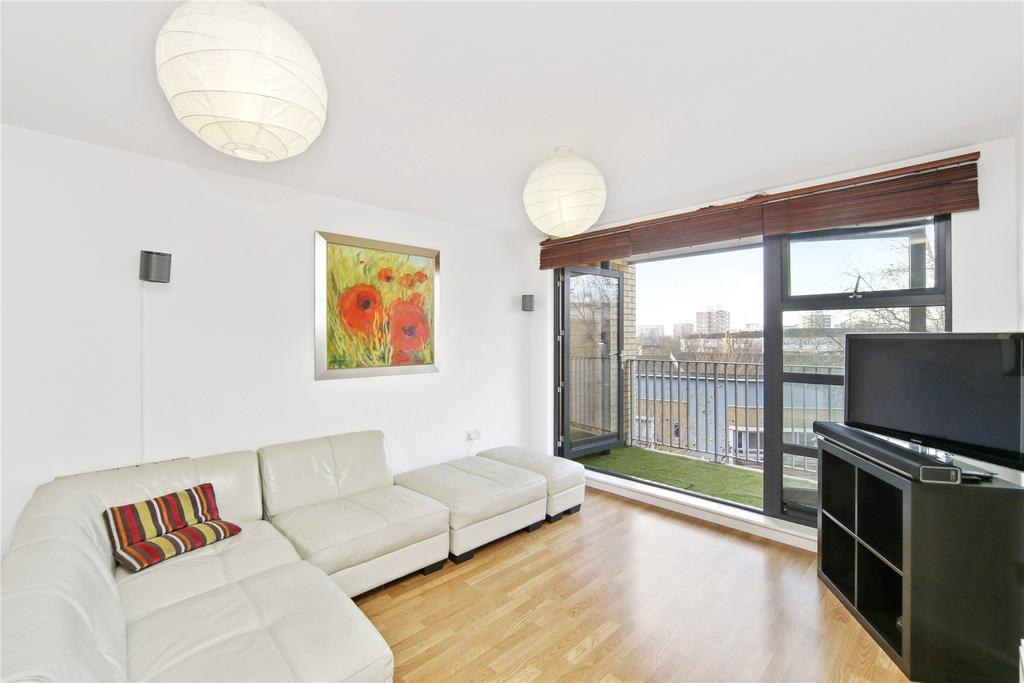 3 Bedrooms Flat for sale in 17 Fawe Street, London