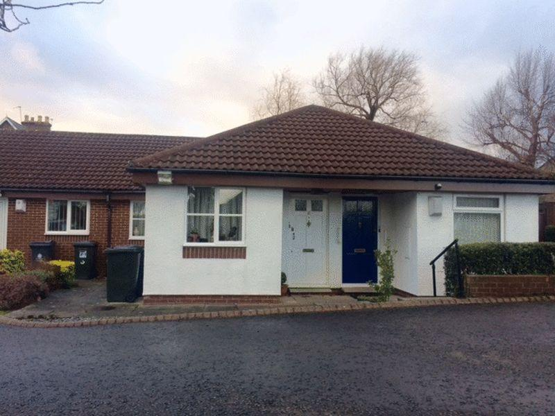 2 Bedrooms Bungalow for sale in Ashwood Close, Forest Hall, Newcastle upon Tyne