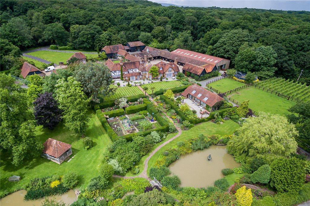 5 Bedrooms Equestrian Facility Character Property for sale in Wisborough Green, Billingshurst, West Sussex, RH14