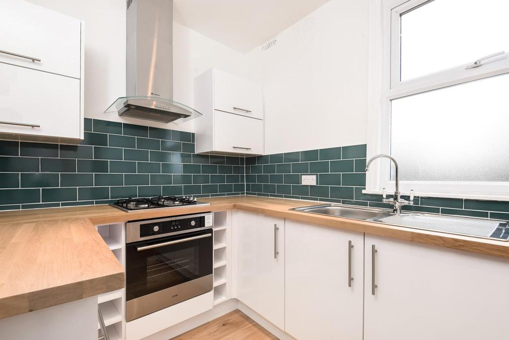 2 Bedrooms Flat for sale in Auckland Hill, West Norwood, SE27