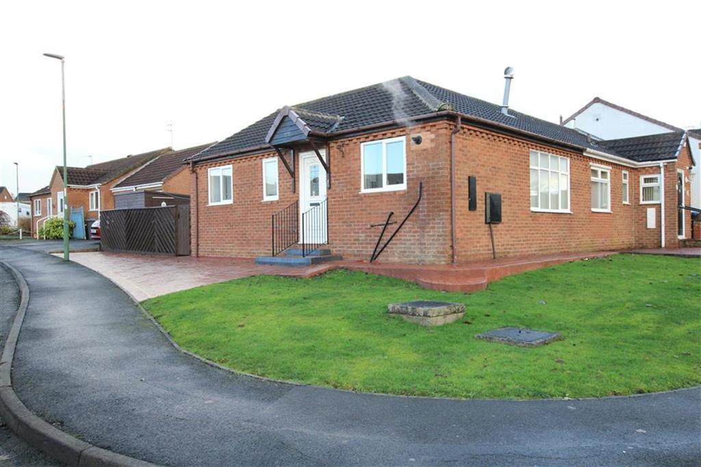 2 Bedrooms Semi Detached Bungalow for sale in The Oaks, Newton Aycliffe, County Durham