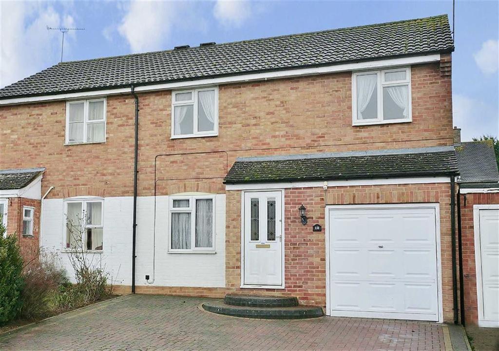 3 Bedrooms Semi Detached House for sale in Kensington Close, Kings Sutton