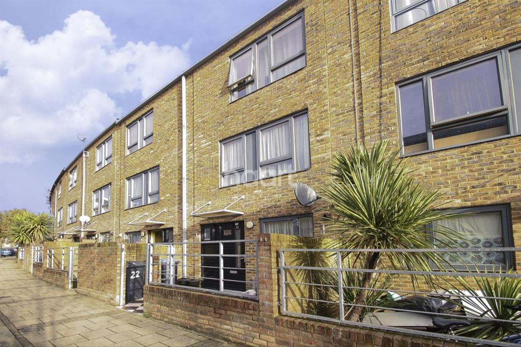 4 Bedrooms Terraced House for sale in Hilltop Avenue, London
