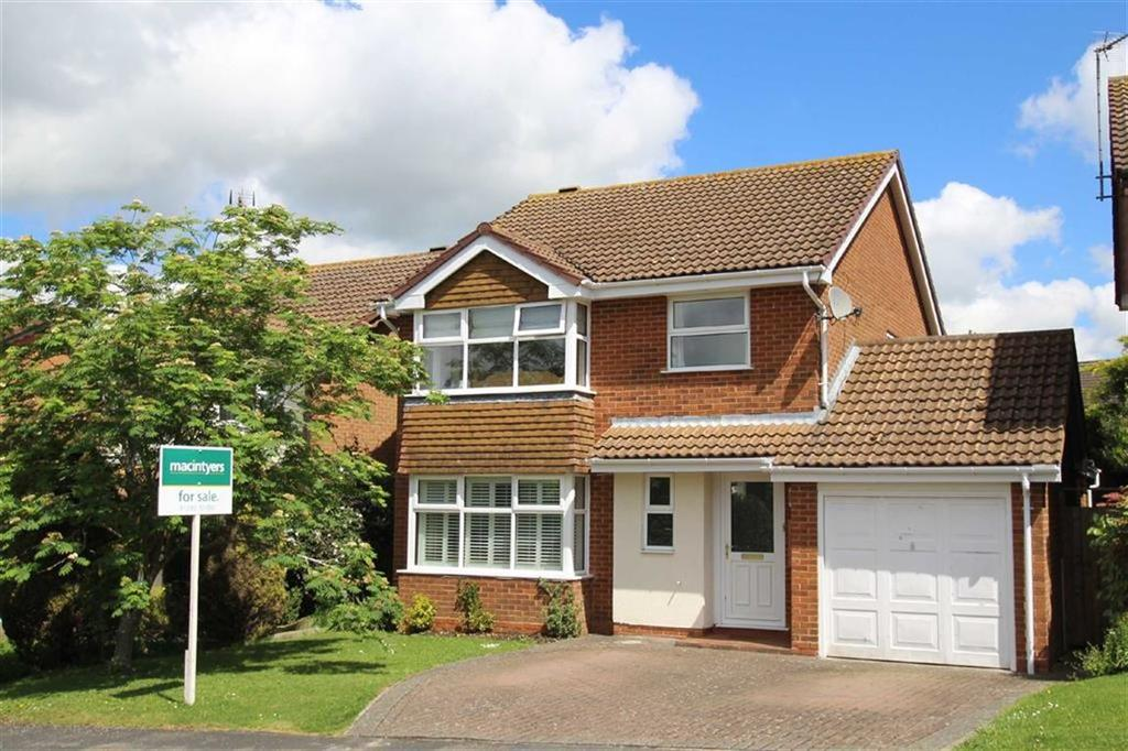 4 Bedrooms Detached House for sale in 15, Stuart Road, Brackley