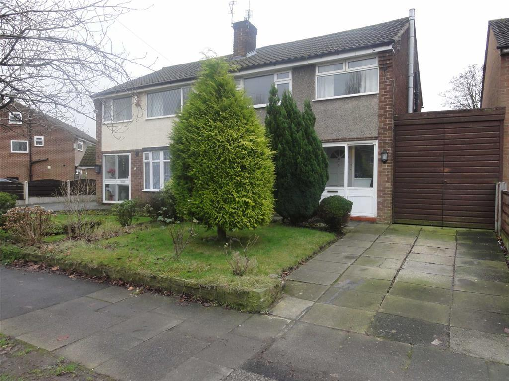 3 Bedrooms Semi Detached House for sale in Hambleton Road, Heald Green