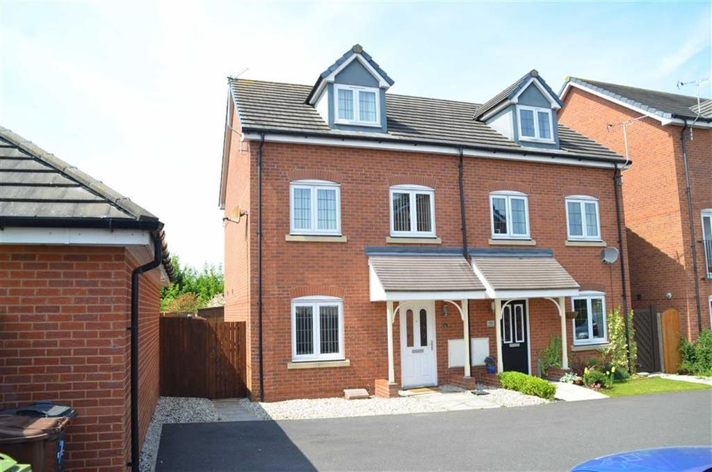 3 Bedrooms Semi Detached House for sale in Slackswood Close, CH65