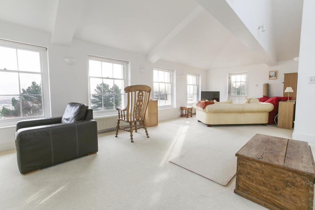 2 Bedrooms Flat for rent in Marlborough House, Marlborough Hill, BS2