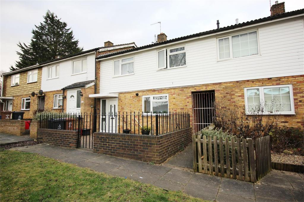 3 Bedrooms Terraced House for sale in Mobbsbury Way, Stevenage, Hertfordshire