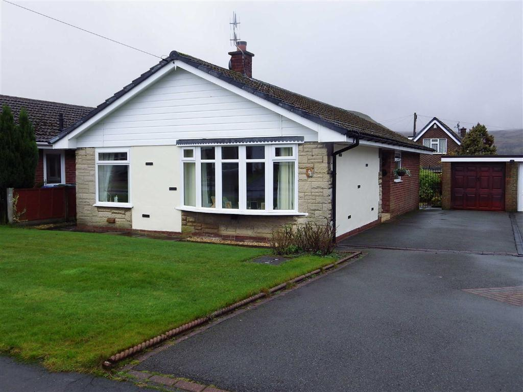 3 Bedrooms Detached Bungalow for sale in Milton Close, Helmshore, Rossendale, Lancashire, BB4