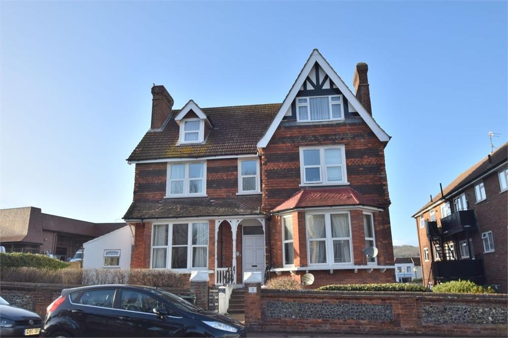 2 Bedrooms Flat for sale in Moat Croft Road, Old Town, East Sussex