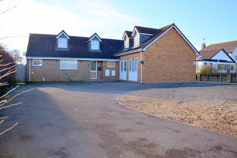 5 Bedrooms Detached House for sale in Hurn Lane, Berrow