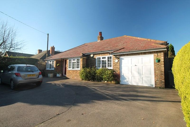 3 Bedrooms Detached Bungalow for sale in Cowbeech, Hailsham