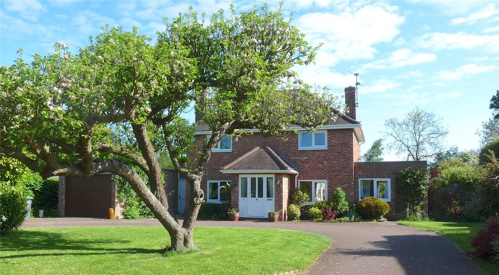 5 Bedrooms Detached House for sale in Station Road, Helpringham, NG34