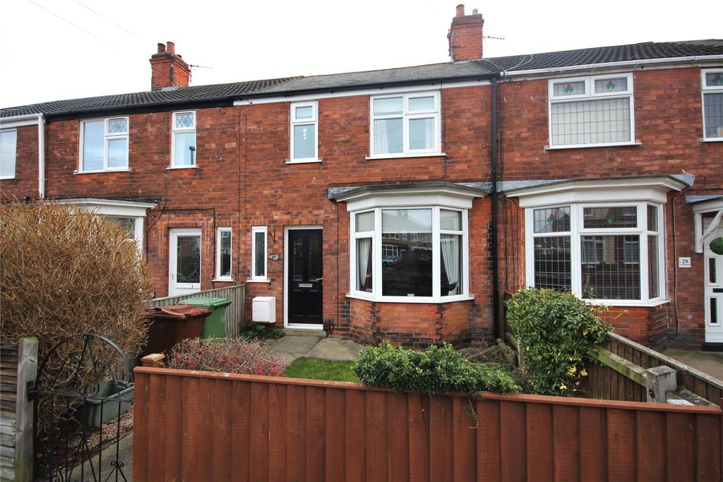 3 Bedrooms Terraced House for sale in Grange Walk, Grimsby, DN34