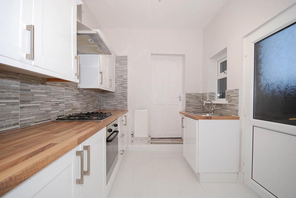 2 Bedrooms Flat for sale in Duke Street, Pelaw