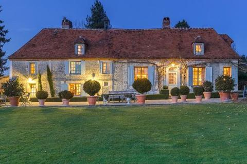 5 bedroom house  - Manor Built On Top Of A Hill, Lisieux, Normandy