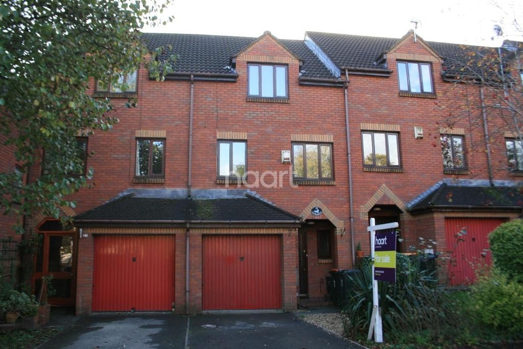 3 Bedrooms Terraced House for sale in Churchmead, Bassaleg