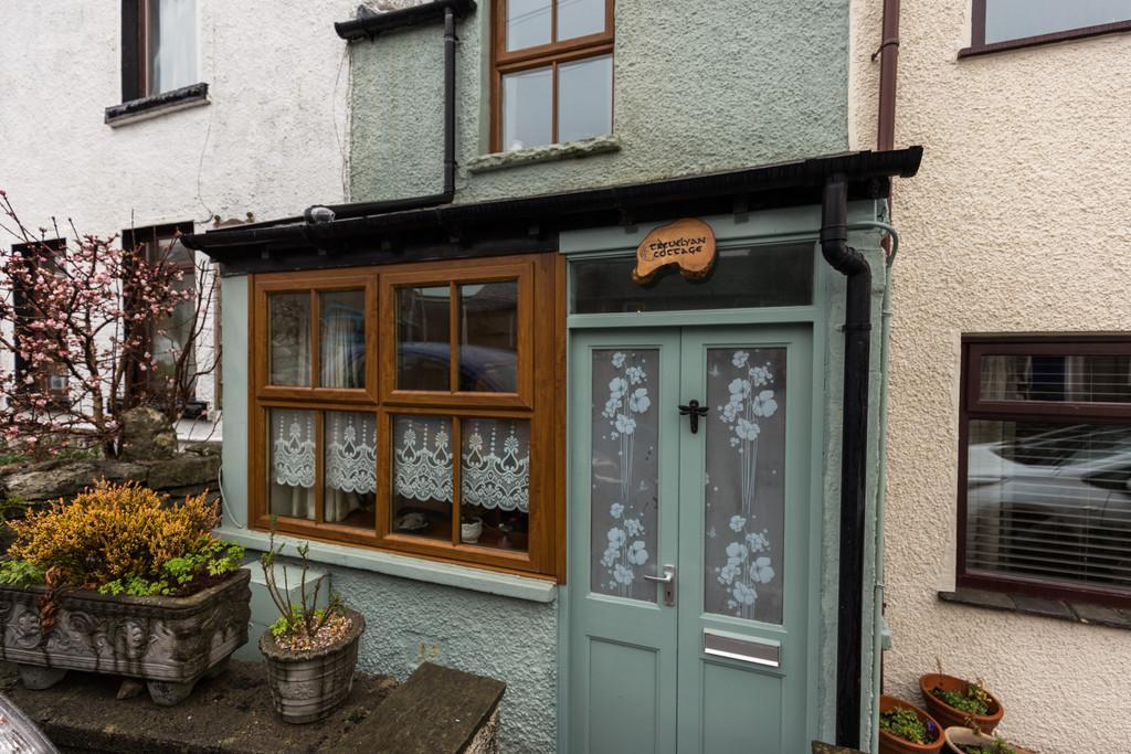 2 Bedrooms Cottage House for sale in Trevelyan Cottage, The Square, Allithwaite. Grange over Sands, Cumbria, LA11 7QF