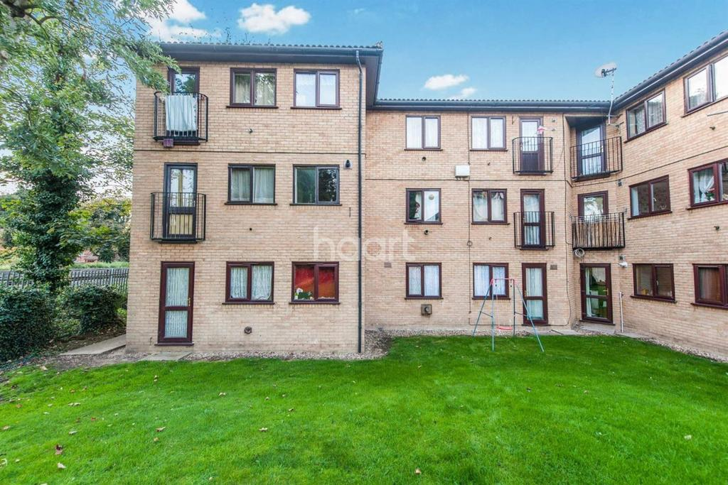 1 Bedroom Flat for sale in Victoria Road