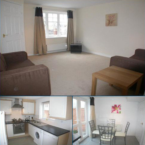 3 bedroom terraced house to rent - Actonville Avenue Wythenshawe