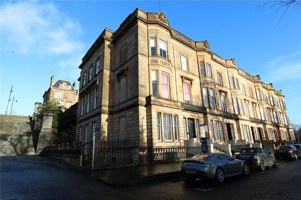 3 Bedrooms Apartment Flat for sale in Garden Flat, Park Gardens, Park, Glasgow