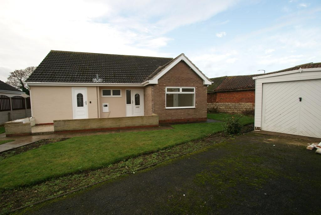 3 Bedrooms Detached Bungalow for sale in Abbey Fields, Finningley