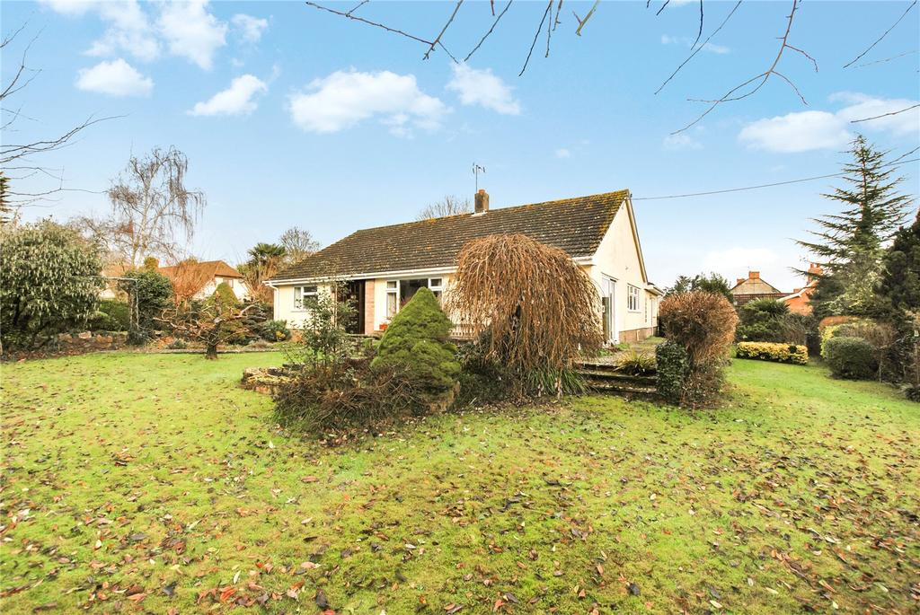 3 Bedrooms Bungalow for sale in The Fosse, North Curry, Taunton, Somerset, TA3