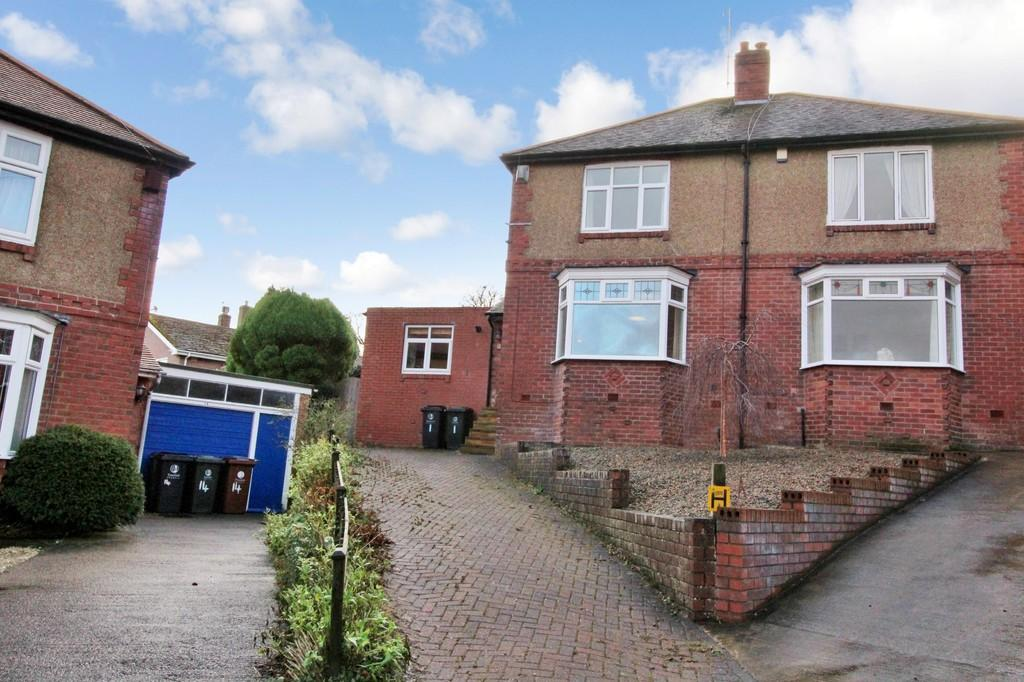 3 Bedrooms Semi Detached House for sale in Beaufront Avenue, Hexham