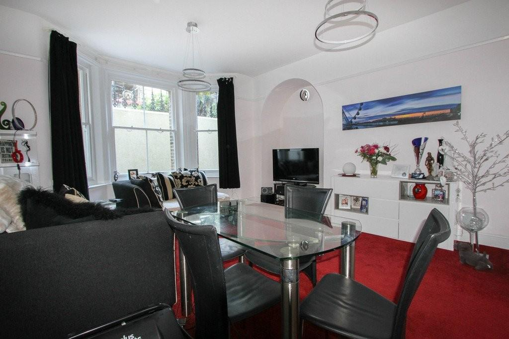 1 Bedroom Flat for sale in Kings Gardens, Hove